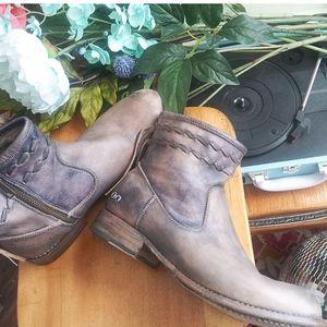 Bed Stu Caravan Cobbler Series Boots